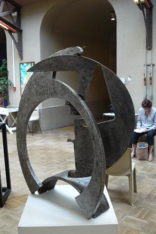 A Travers l'acier 70x63x39 cm