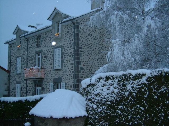La maison en hiver.