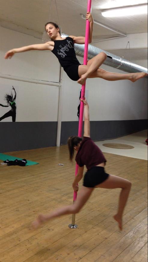 pole dance 84100