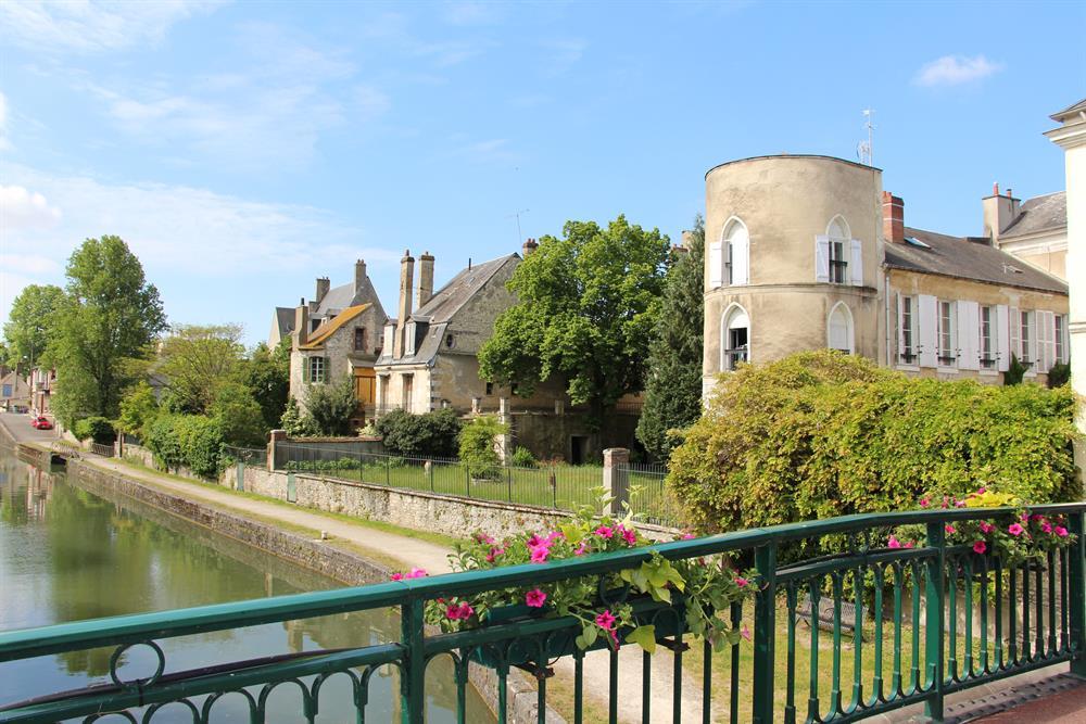 Montargis, la Venise du Gâtinais 25km