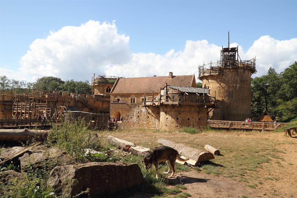 Château Fort en construction de Guédelon 29km